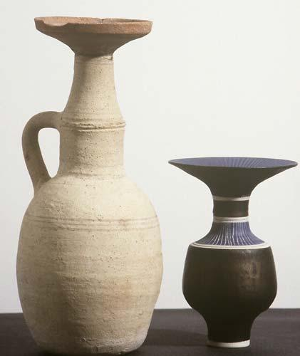 Bottle form by Lucie Rie (Aberystwyth University School of Art)